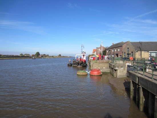 Looking north Kings Lynn, Great Ouse (small)